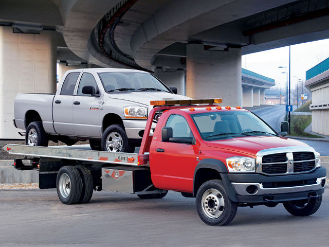 central-towing-flat-bed-tow-truck